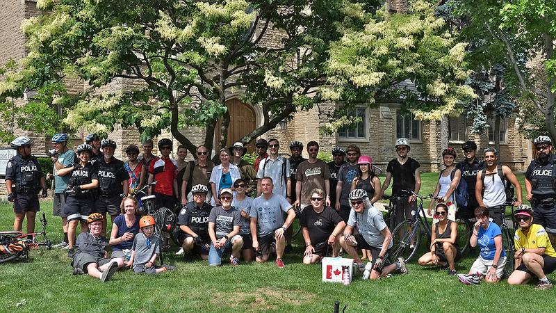 Yonge Loves Bike Ride Group Shot June 18 2016